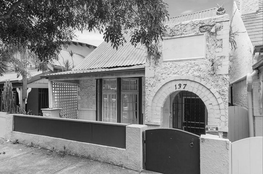 Residence of Stanley Loftus Hall and Elsie Kathleen Johnson at 137 View Street Annandale in the 1920's